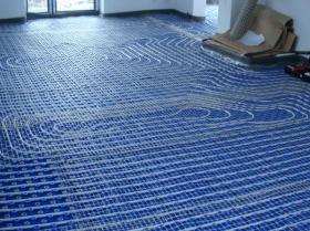 Montáž podlahového topení - Liberec-Vesec únor 2011 005