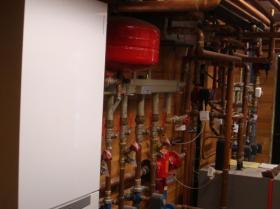 Motáž strojovny tepelného čerpadla, plynového kotle na tuhá paliva 012