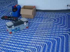 Montáž podlahového topení - Liberec-Vesec únor 2011 006