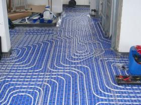 Montáž podlahového topení - Liberec-Vesec únor 2011 007