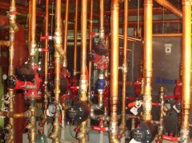 Montáž strojovny tepelných čerpadel - Žirovnice 036