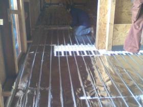 Podlahové topení suchý systém - Rodinný dům Vesec-2010 006