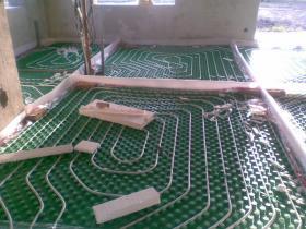 Montáž podlahového vytápění 003