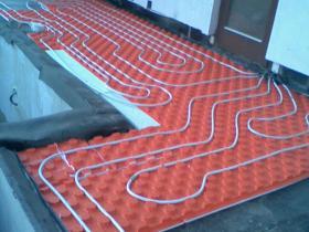 Montáž tepelného čerpadla, podlahové vytápění - Benešov-2008 002