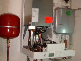 Montáž kondenzačního kotle RD hanychov 004